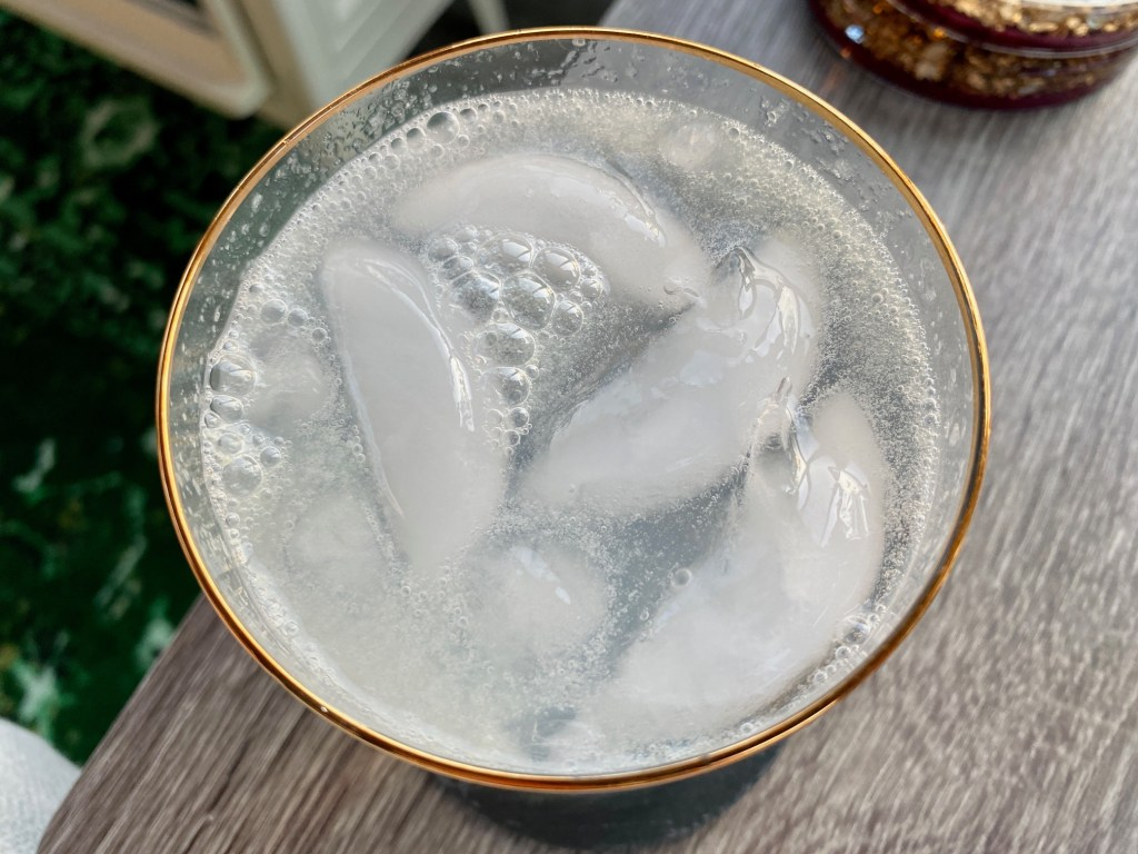 Just 3 ingredients make this clean, refreshing gin rickey cocktail perfect for a low-carb diet