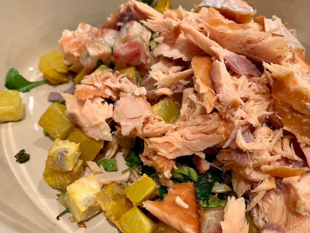 This creamy smoked salmon pasta is a great way to use up salmon filets