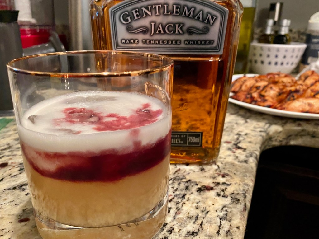 Gentleman Jack whiskey sour cocktail | New York sour