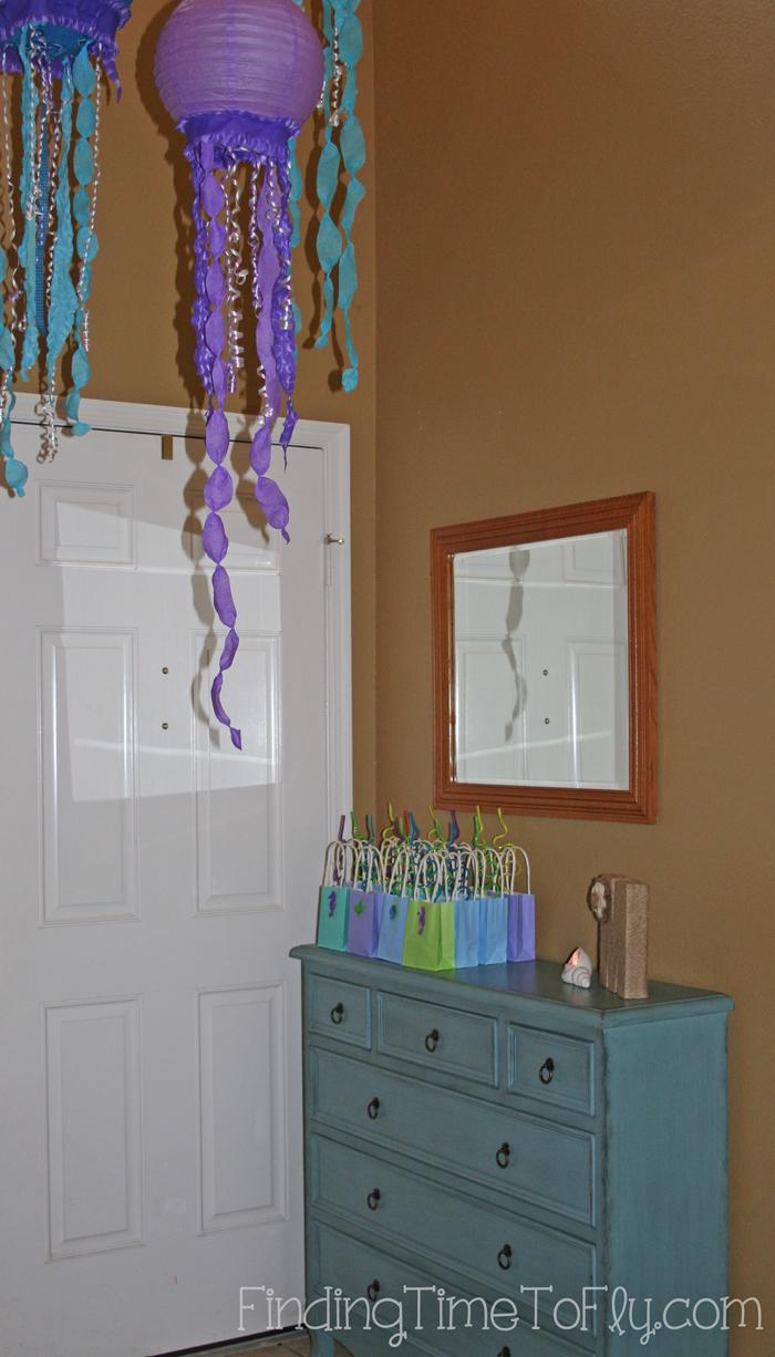 mermaid under the sea gift bags-On-Display
