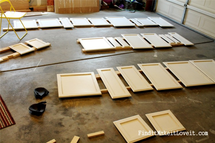 Painted kitchen cabinets DIY (24)