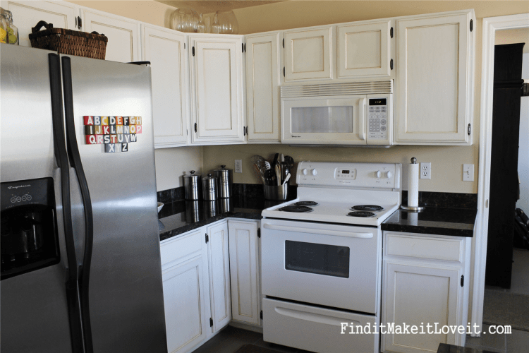Painted kitchen cabinets DIY (8)
