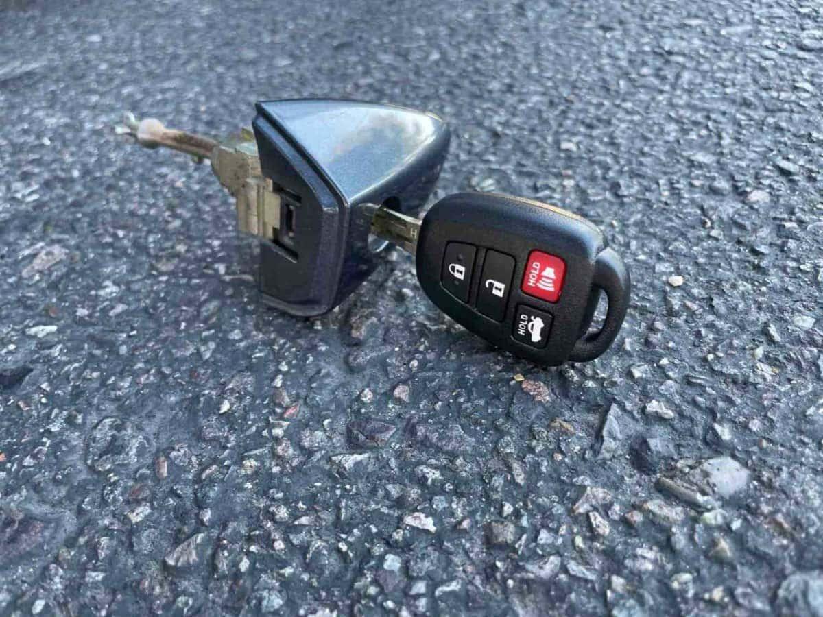 lost toyota camry key locksmith