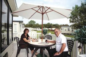 Accommodation at Hoburne Cotswold - Hoburne Cotswold Holiday Park