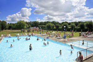 Hoburne Park Outdoor Pool - Hoburne Park Holiday Park