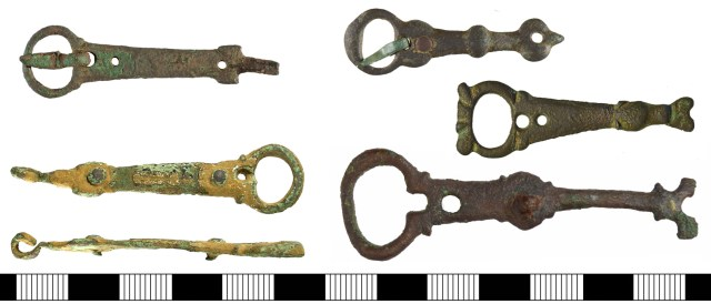 Buckles with long integral plates, perhaps from spurs. Left, with hooks and rivets: YORYM-B4C544 and BH-1866E7. Right, with rivets only: YORYM-8A95E8, SF-81BBC2, GLO-47A3DB.