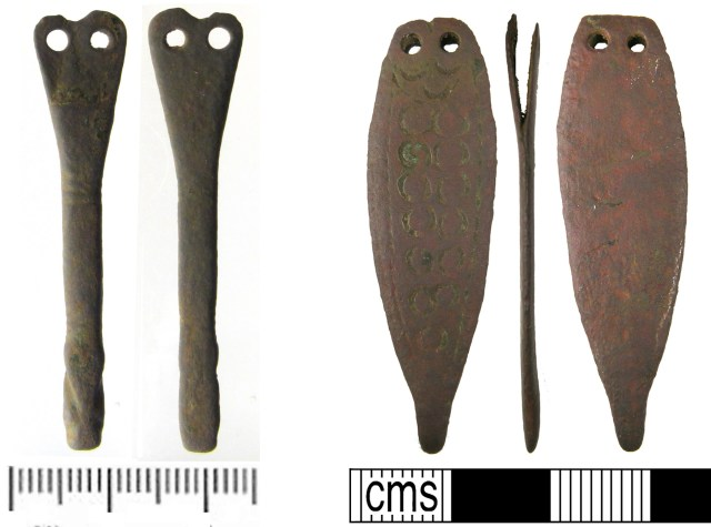 Strap-ends of both these shapes have been described as 'thin'.