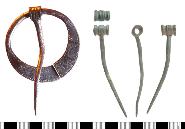 Type H penannular brooch (LVPL2035) and a detached pin from a penannular brooch (HAMP-2773FB)
