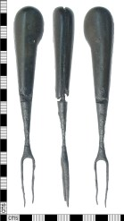 Post-medieval table fork with 'pistol grip' handle (LON-EB1EA9). Copyright: Museum of London; CC-BYlicence)