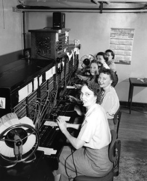 old fashioned telephone operators