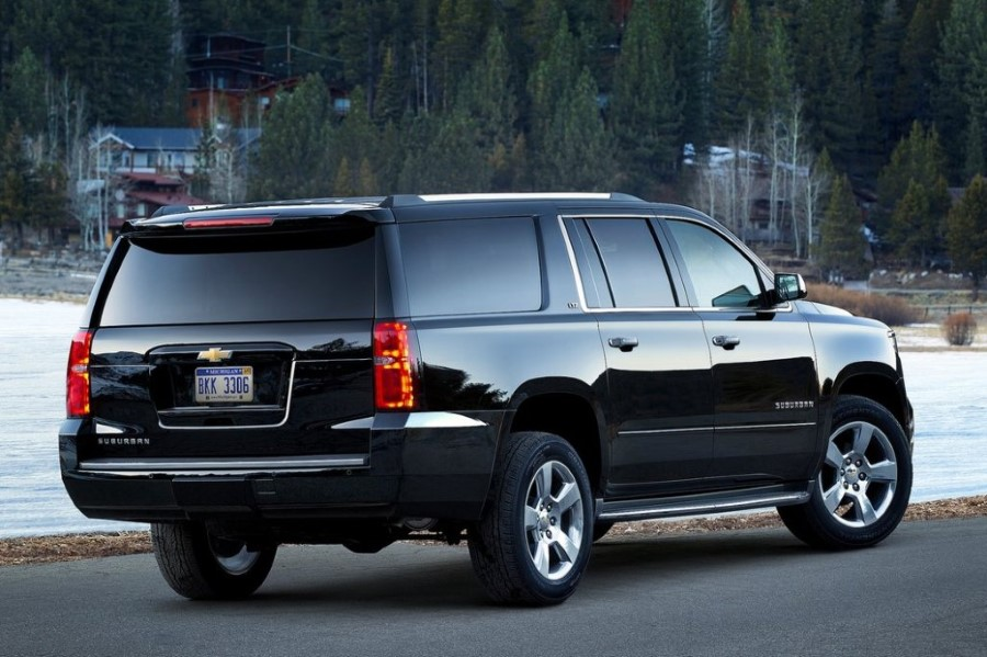 2020 Chevy Suburban Hybrid Engine Preview