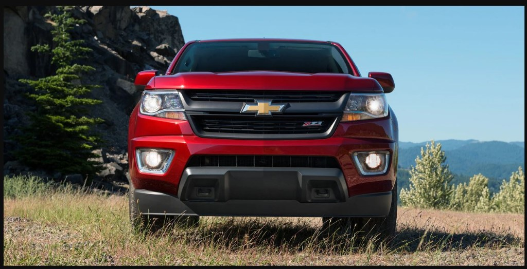 New Chevrolet Colorado engine 3.6l V6 Red Colors