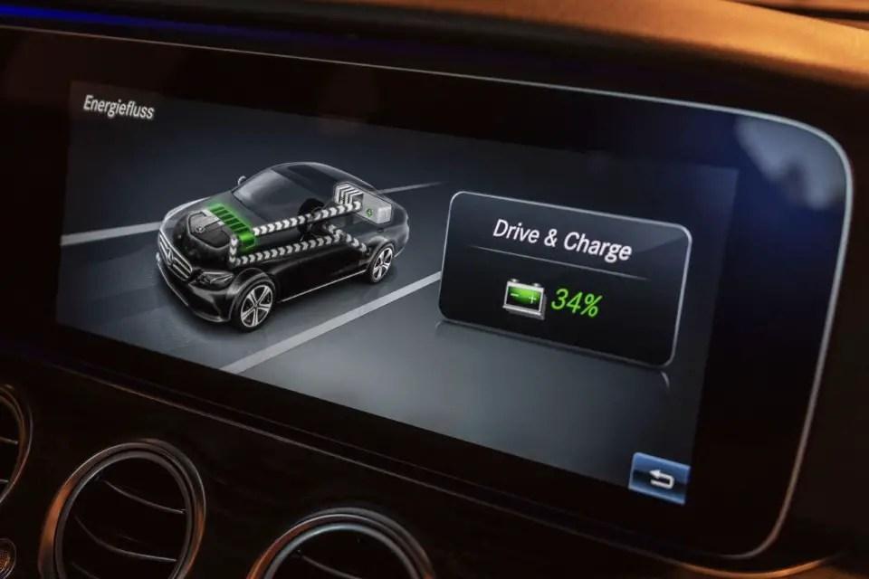 2020 Mercedes E300e Charging Time