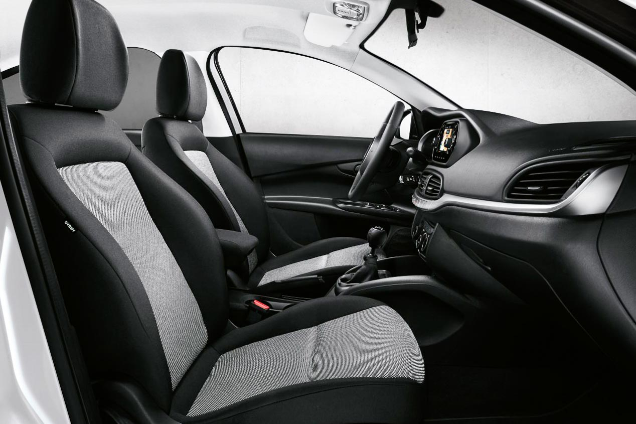 2020 Fiat Tipo Sport Interior & Equipment