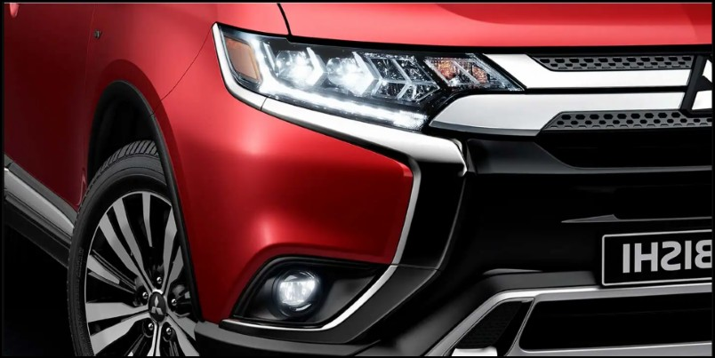 2020 Mitsubishi Outlander New Headlight design