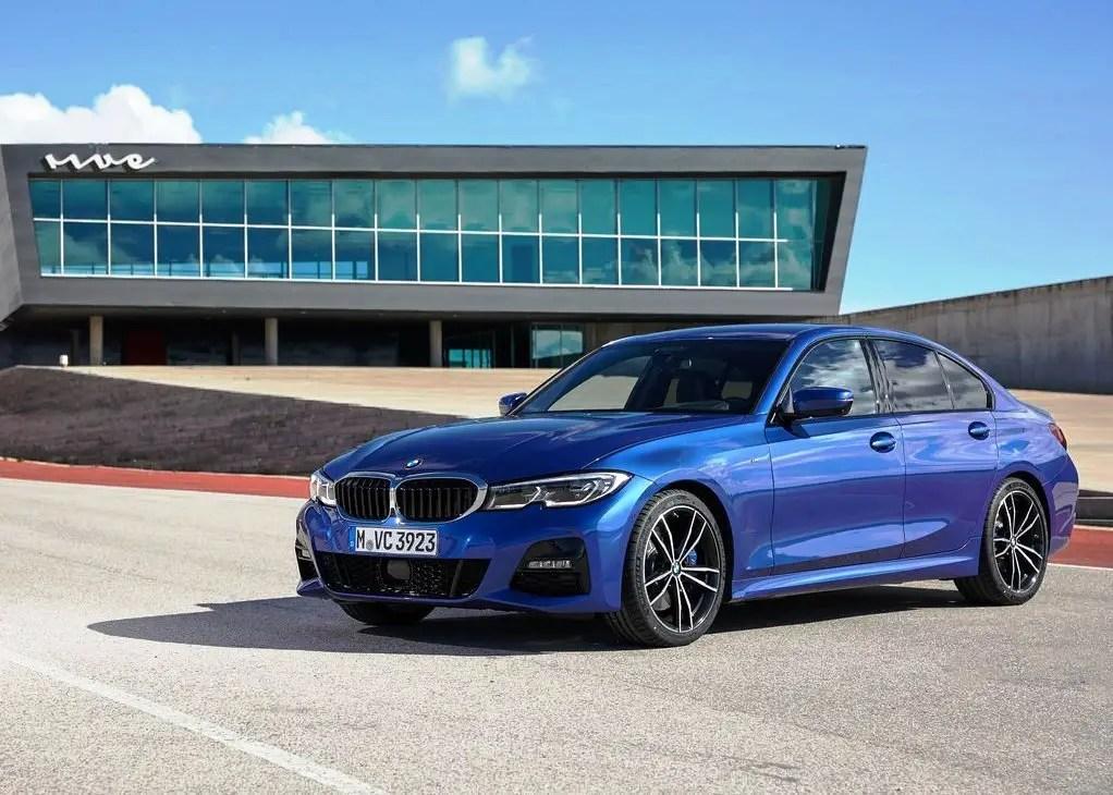 2020 BMW 330i Fuel Economy