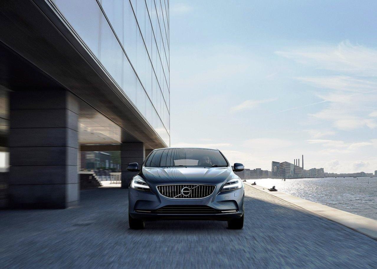 2021 Volvo V4 New Exterior Design