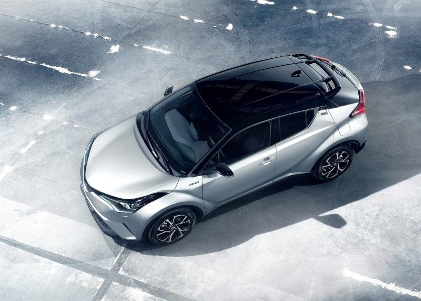 2021 Toyota C-HR Hybrid Updates