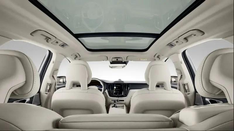 2021 Volvo XC60 Interior Photos
