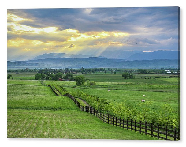 Colorado Country Fence To The Rockies Canvas Print