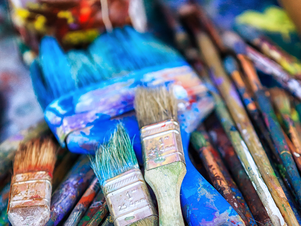 Clean acrylic paint brushes