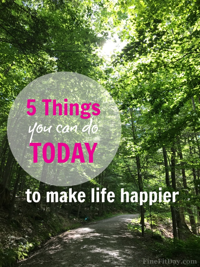 5 Things You Can Do Today for a Happy Week. These are such small, simple happiness tips to incorporate into your day! You won't struggle to do them and you will feel SO much happier!