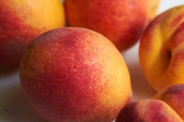 Fresh whole peaches