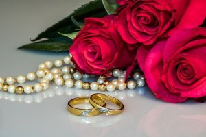 silver and gold  building your jewelry wardrobes - Silver And Gold - Building Your Jewelry Wardrobes