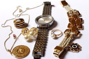 get top tips on gold buying and selling right here 2 - Get Top Tips On Gold Buying And Selling Right Here