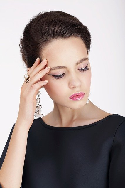 choosing the right jewelry is important and sometimes hard - Choosing The Right Jewelry Is Important And Sometimes Hard