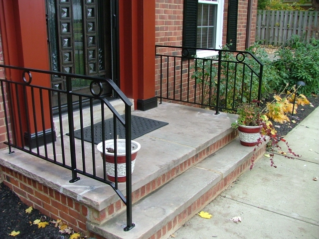 Double Sided Step Railing Finelli Ironworks | Modern Front Door Steps | Entrance | Bungalow Entrance | Modern House | Contemporary | Garden Entrance