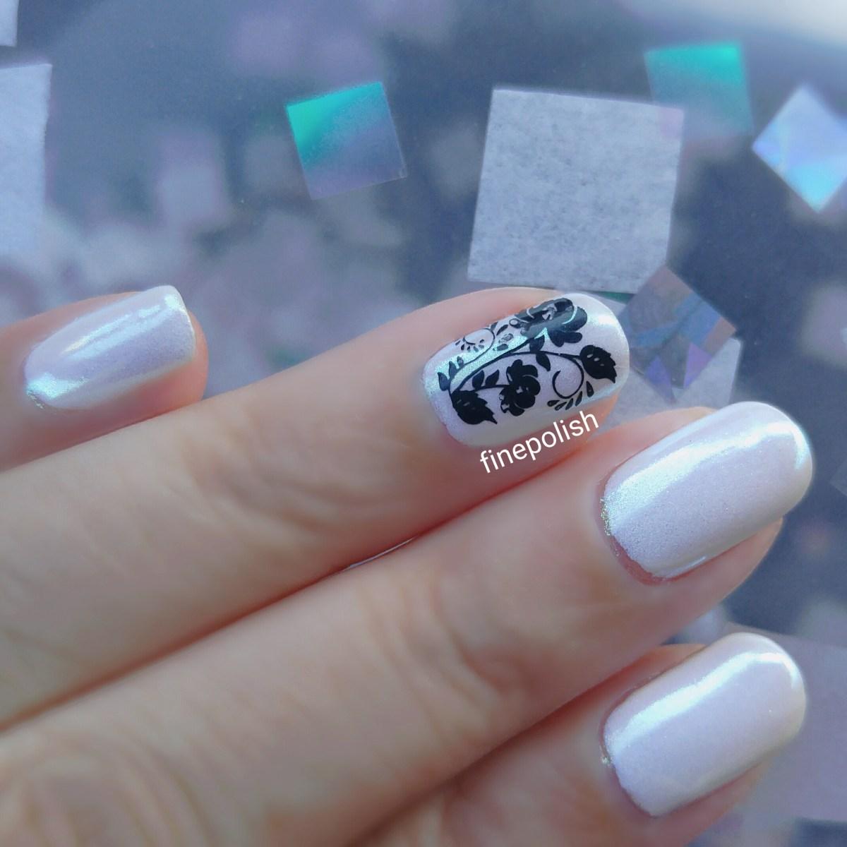 classy white pearl iridescent gel