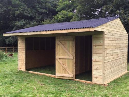 Field Shelter with Tack Room 12 x 18