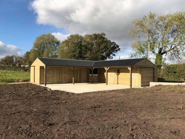 L Shape Stable Block