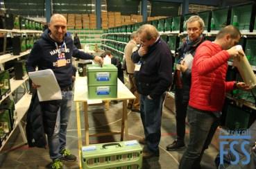 Setting up (from L to R): Alessandro Gaiazzi, Guglielmo Carillo, ? and Bianmarco Orazi