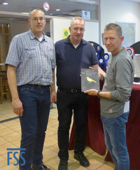 Best in Show: Bart Deckers receives his award from Marko Dielen & Hans Hermans