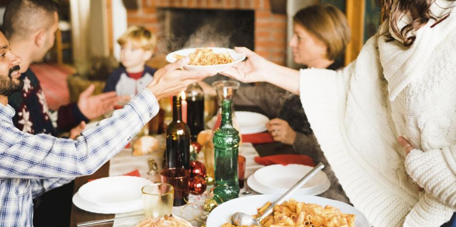 7 Tips to Avoid Overeating During the Holidays