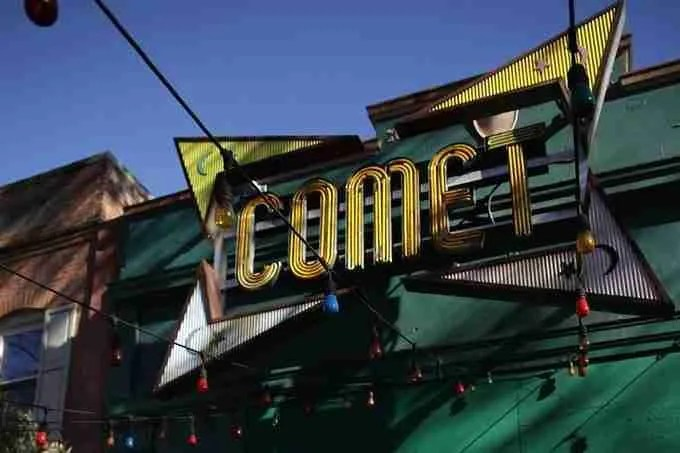 Pizzagate Restaurant Nearly Set On Fire? 7