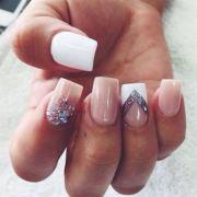 nail shape reflection of
