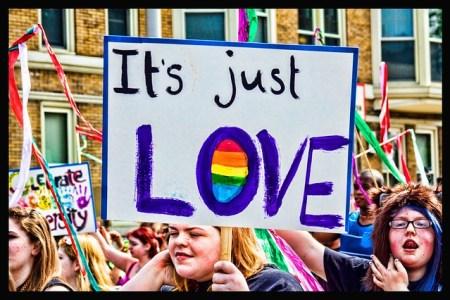 동성애 축제 - 동성애는 사랑일 뿐인가