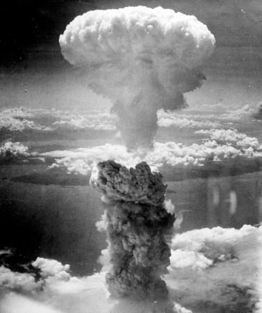 원자 폭탄 - 버섯 구름 - 2차 세계 대전 일본