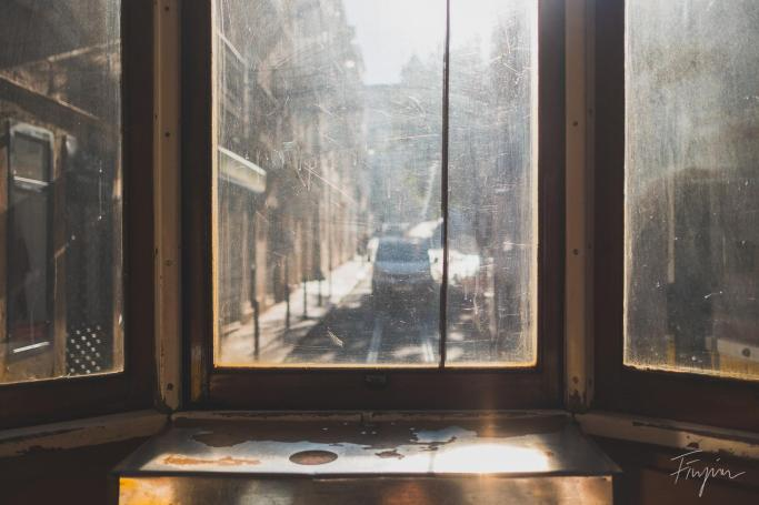 lisbon tram speed night