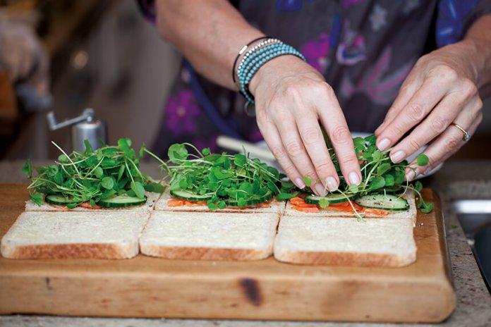 making-sandwiches