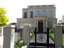 Modern Georgian Style Architecture