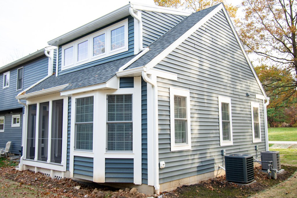 Finley_and_Sons_Builders_danbury_addition_outside_completed_7
