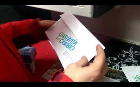 Mmmm, ¿qué habrá en esta carta?...