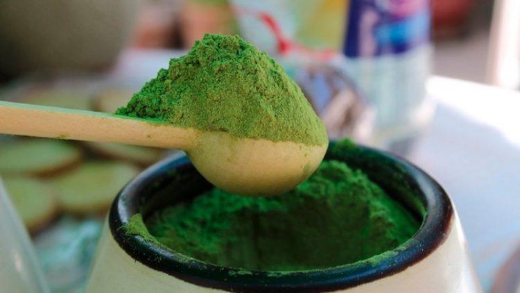 La harina de coca tiene más calcio que la leche y más proteína que la quinoa