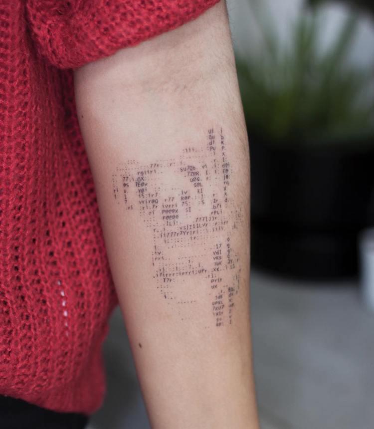 Galería de tatuajes en código ASCII