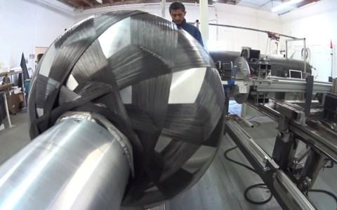 Así se crean los tanques de combustible de carbono para cohetes interorbitales