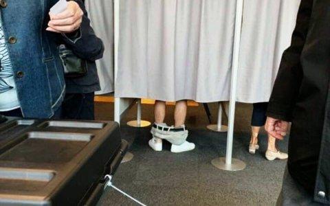 Abe, ¿no puedes votar sin hacer el ridículo ni un segundo?